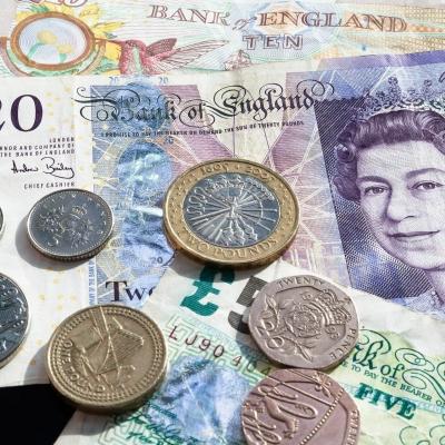 Spojené království uvažuje o digitální libře