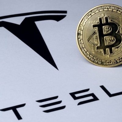 Tesla prodala bitcoin