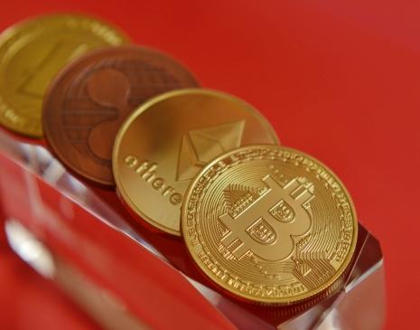Státní měny na blockhainu jsou budoucnost