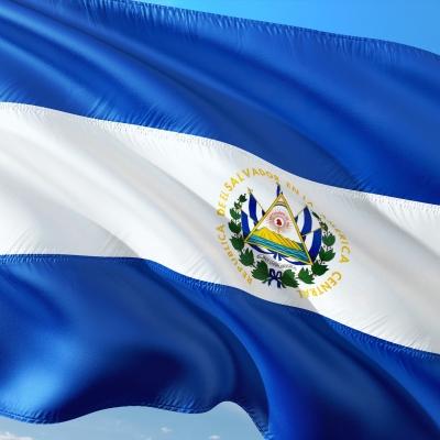 EL Salvador učinil z bitcoinu oficiální platidlo