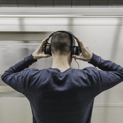 Hudební hvězdy investují do Audiusu